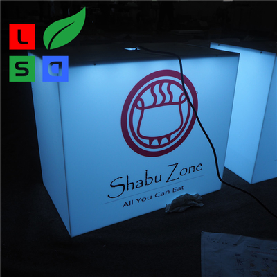 Na zewnątrz za pomocą kostki Light Box Sign Front Store Hanging 3D Led Aluminium